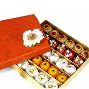 Deliver Sweets and Flowers to Hyderabad